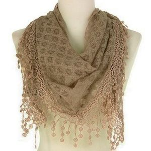New Fashion Triangle Lace Scarf Khaki Color
